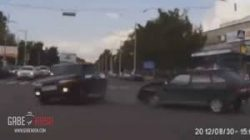 O maşină s-a teleportat după un accident în Rusia