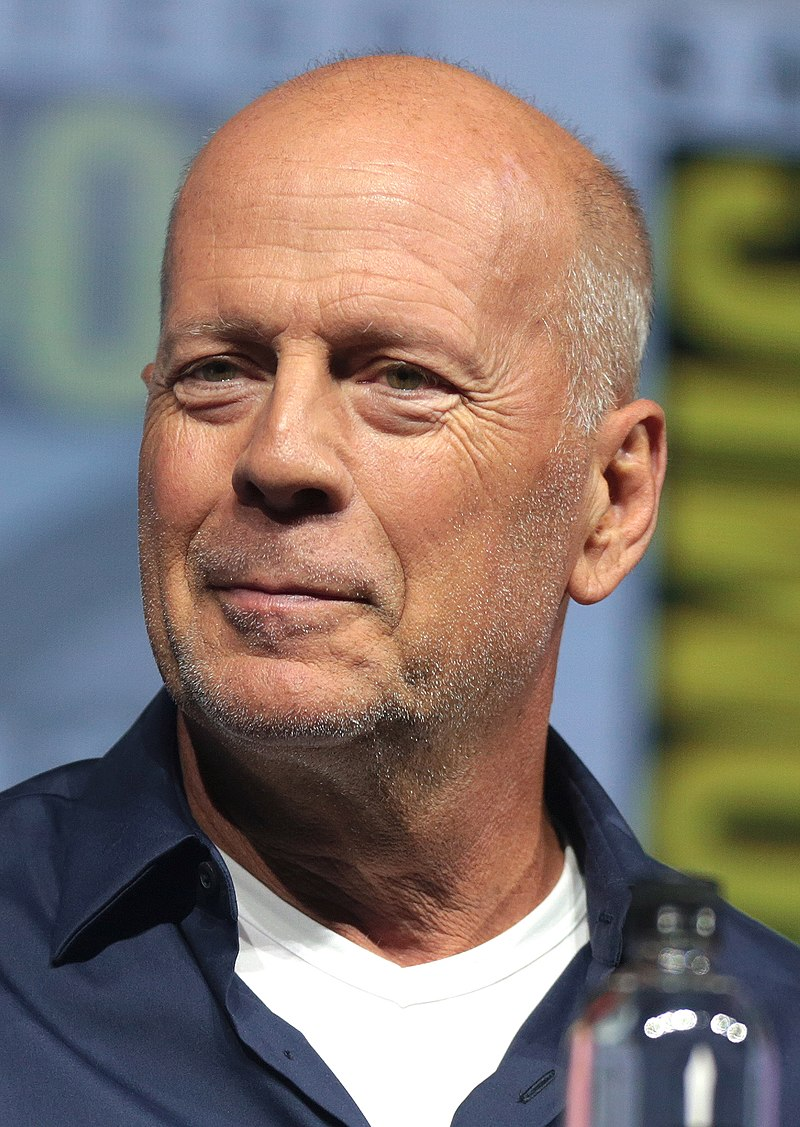 800px-Bruce_Willis_by_Gage_Skidmore_3