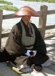 Japanese_buddhist_monk_by_Arashiyama_cut